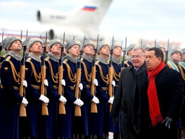 Chávez comprou 1.800 mísseis da Rússia em 2009