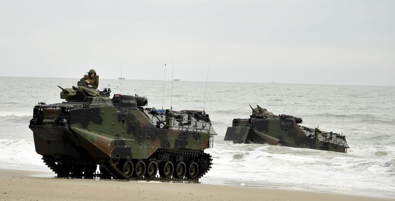 Costa Leste dos EUA é cenário de manobras anfíbias internacionais