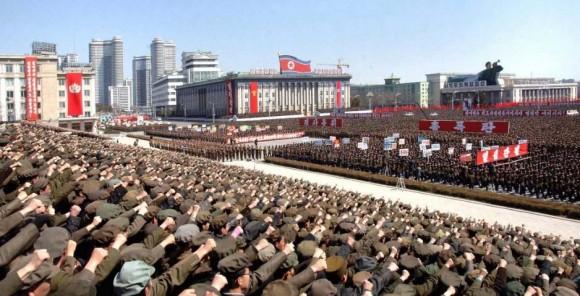 Manifestação Coreia do Norte - foto KCNA-Reuters via UOL