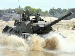 Leopard e M113 - 2