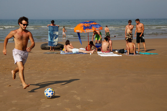 Dia D 70 anos - praia Omaha-2013 - foto via ibtimes