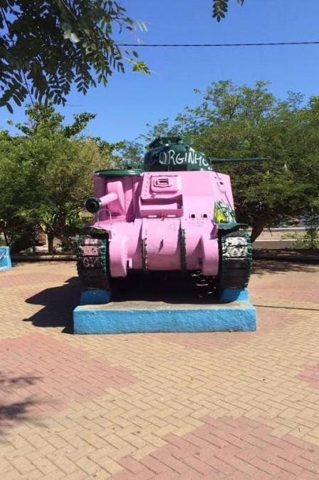 tanque-rosa