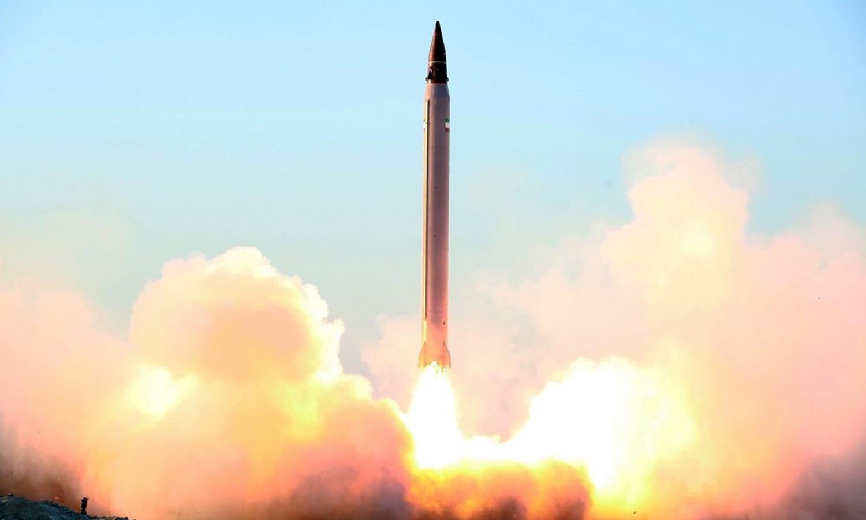 Resultado de imagem para irã testa missil