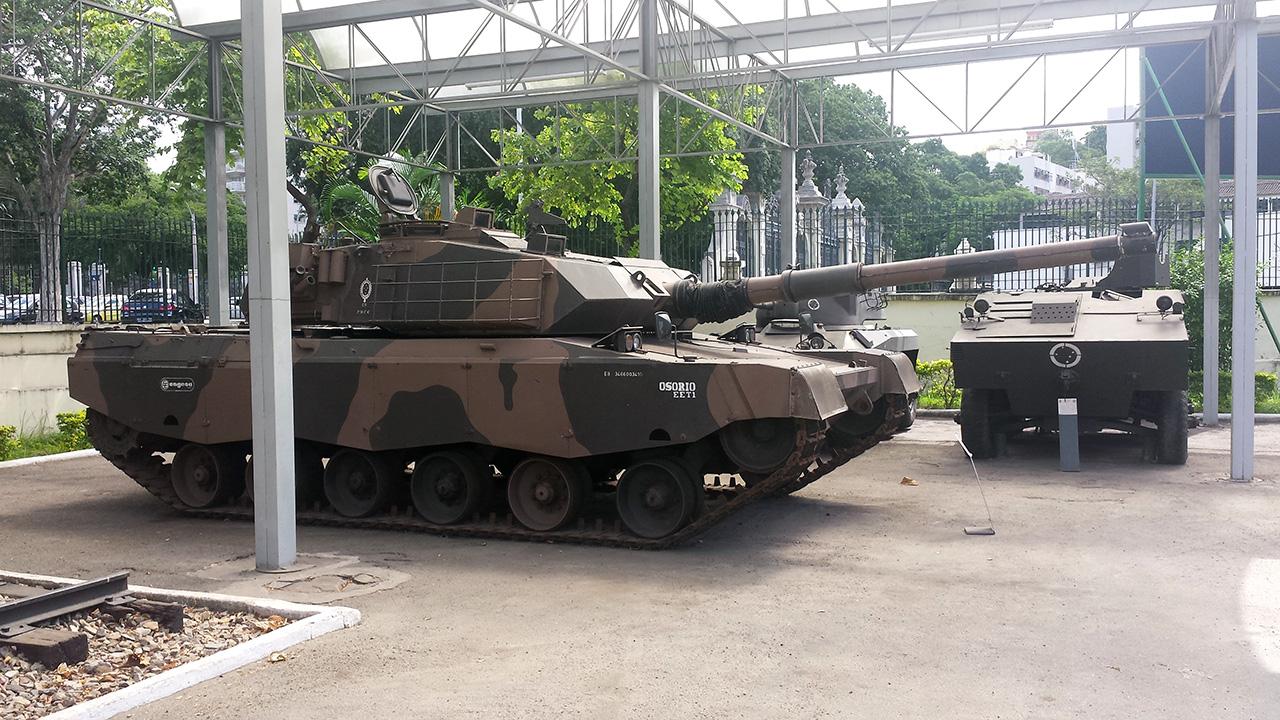 EE-T1 no Museu Conde de Linhares - 2