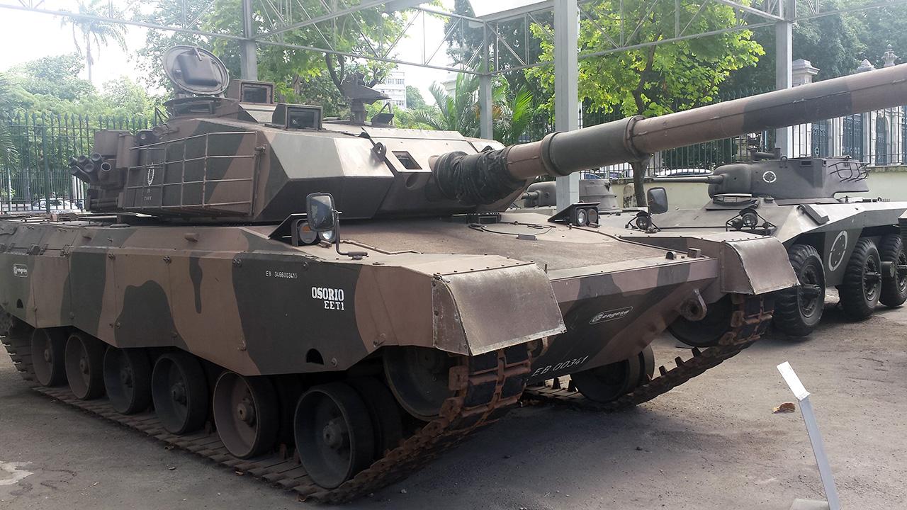 EE-T1 no Museu Conde de Linhares