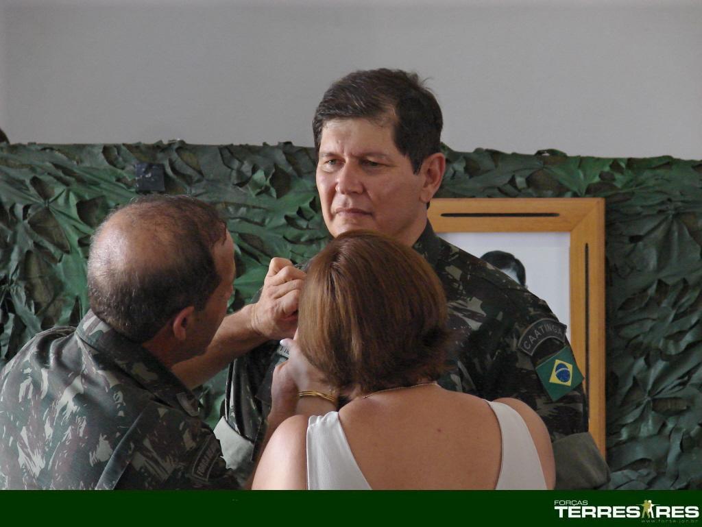 Recebimento do Distintivo de Comando.