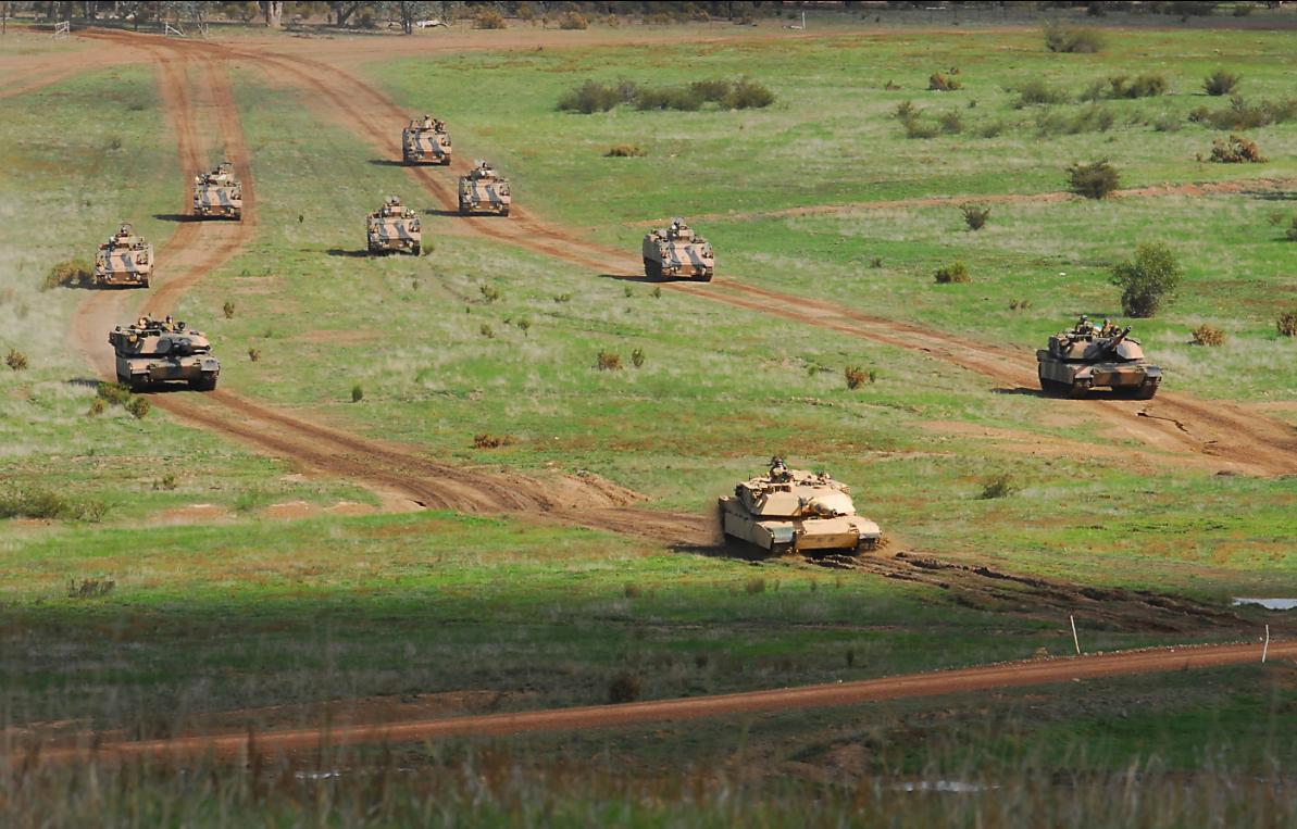 M113AS4 e Abrams M1A1 na Chong Ju- foto 2 MoD Australia