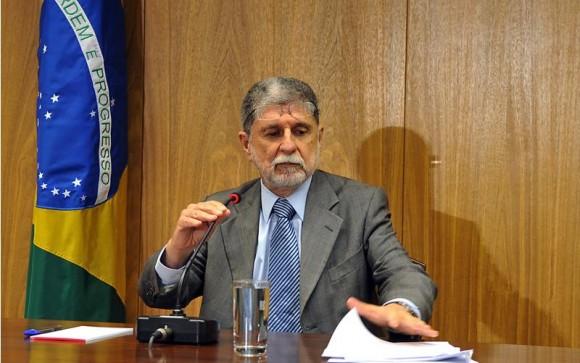 Celso Amorim em entrevista no Itamaraty - 9 de junho 2010 - foto Agência Brasil
