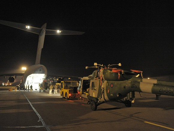Embarque do Lynx Mk9A no C 17 na RAF Brize Norton
