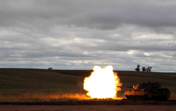 Leopard I firing 2