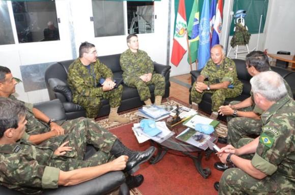 BRABAT recebe militares do canada