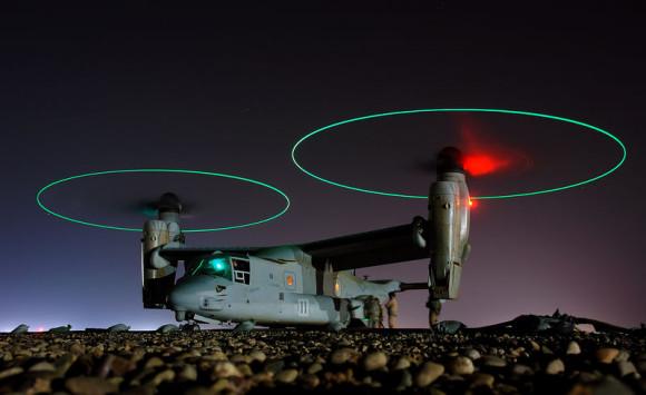800px-20080406165033!V-22_Osprey_refueling_edit1