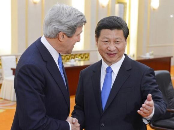 Secr Estado EUA John Kerry e pres China Xi Jinping - foto AP