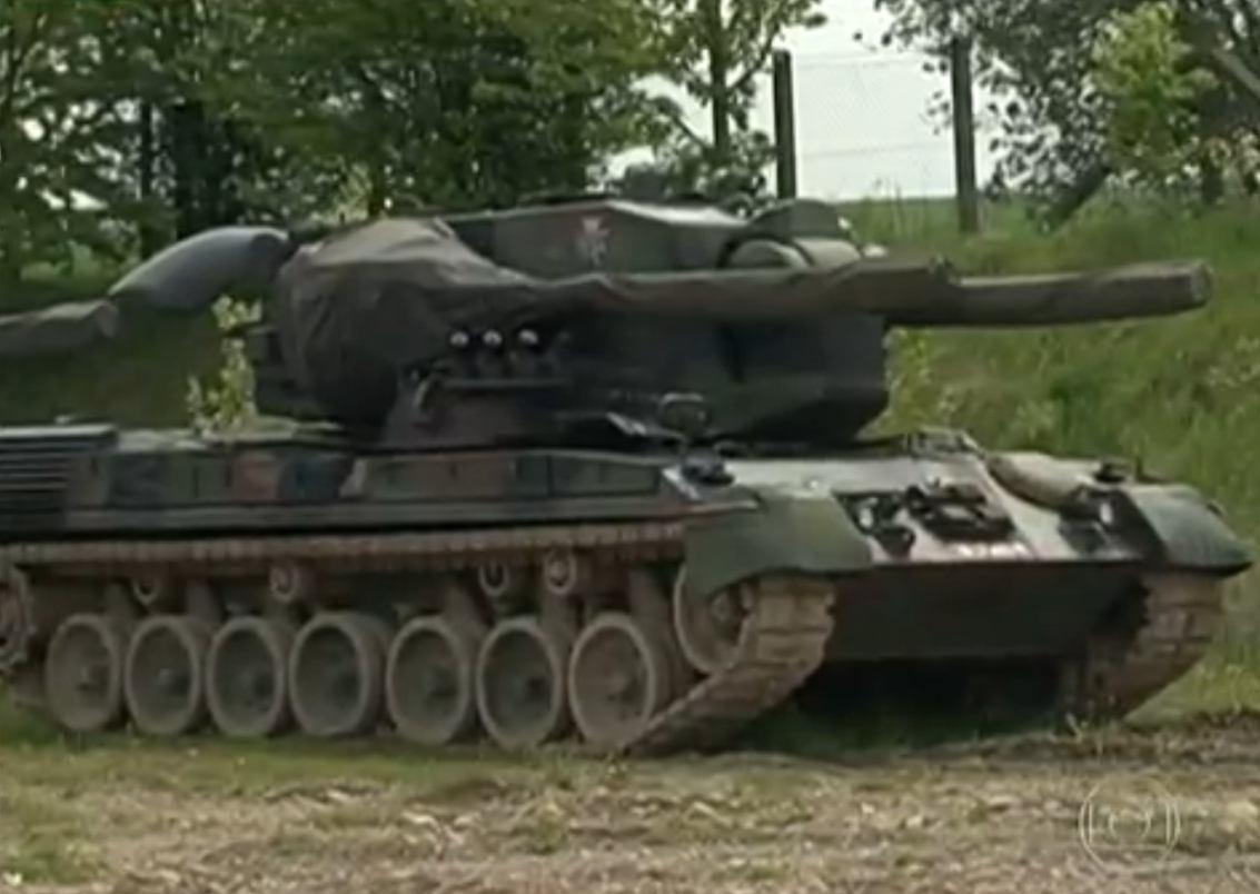 Gepard em ferro-velho alemao 2