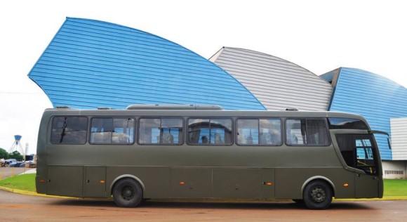 Ônibus do EB