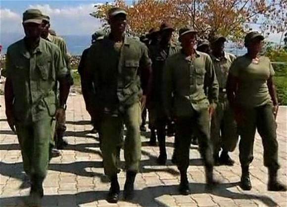 Haiti_military_soldiers_new_recruits_to_create_new_army_640_001