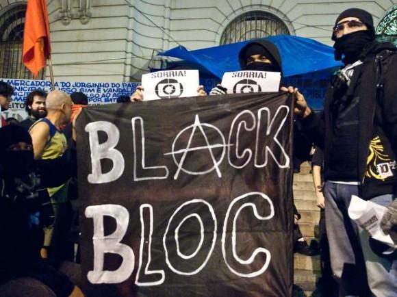 blackblocsprotestorjreynaldovasconcelosfut