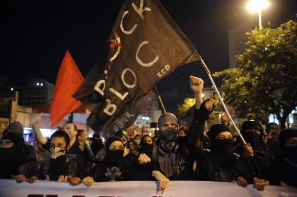 black_0