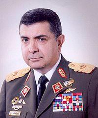 General Angel Vivas - via Wiki