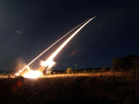 Avibras Lançamento de foguetes - Operação Astros 2020 no CBLI - foto EB via G1