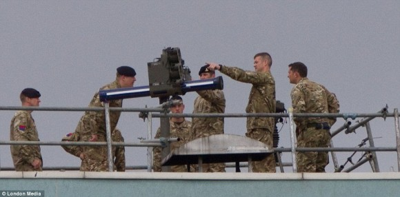Lançador de míssil antiaéreo em Londres - 3