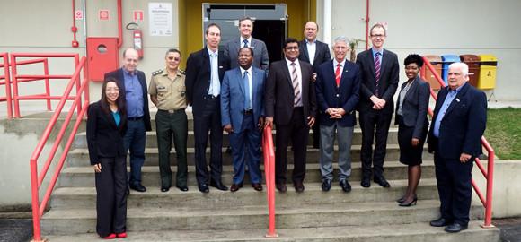 Delegação da Indústria de Defesa da África do Sul - foto Ministério da Defesa