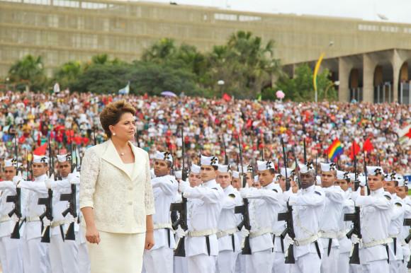 comandantes militares - Dilma