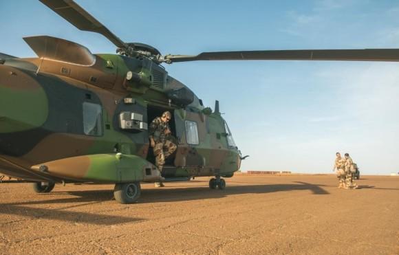 NH90 Caiman chega ao Mali - foto Min Def França