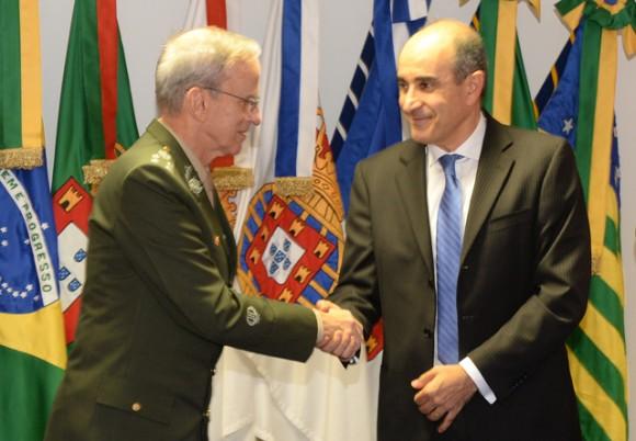 General Enzo Martins Peri Comandante do Exército e Sami Youssef Hassuani da Avibras