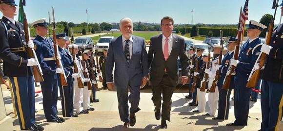 defesa Brasil Jaques Wagner e Ashton Carter - foto G Fawcet via Ministério da Defesa