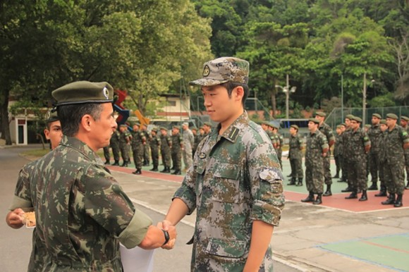 Militar do Exército da China finaliza seu curso no CEP - 1