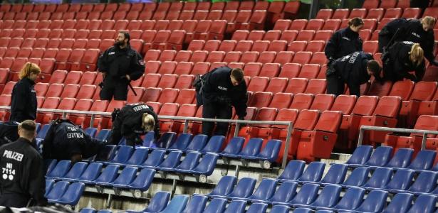 policia-vistoria-estadio-em-hannover-apos-cancelamento-do-amistoso-entre-alemanha-e-holanda-1447785145392_615x300