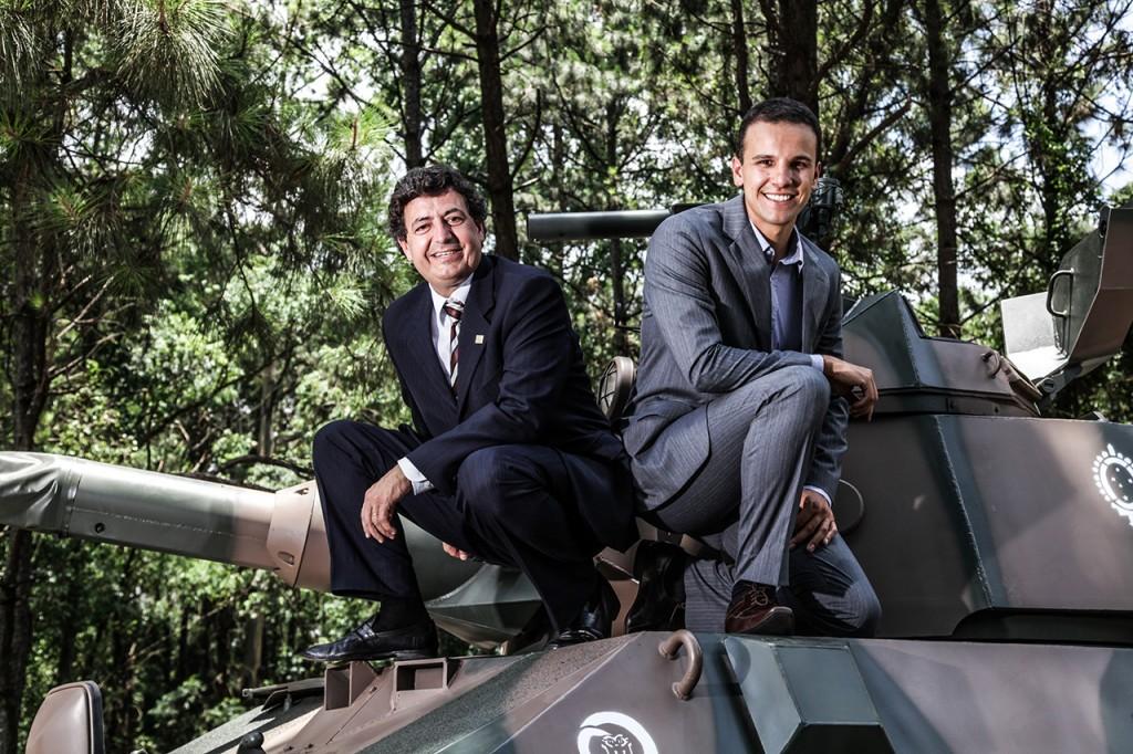 tenente Cesar Galdino Filho e Fabio P. Ferreira. Fotos Ricardo Benichio/divulgação