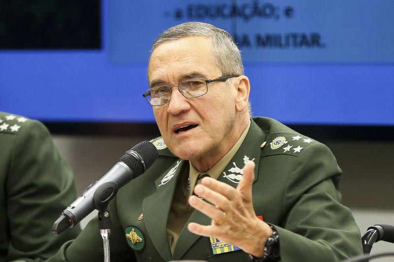 Resultado de imagem para Comandante do Exército emite nota de repúdio a atentado contra Bolsonaro