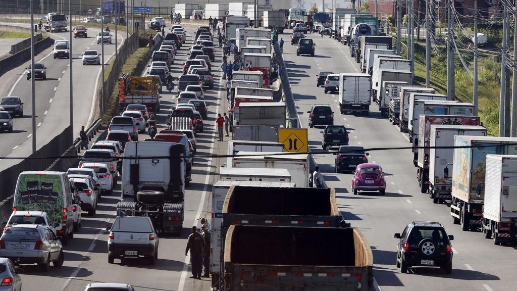 Greve de caminhoneiros - Foto Agência Brasil