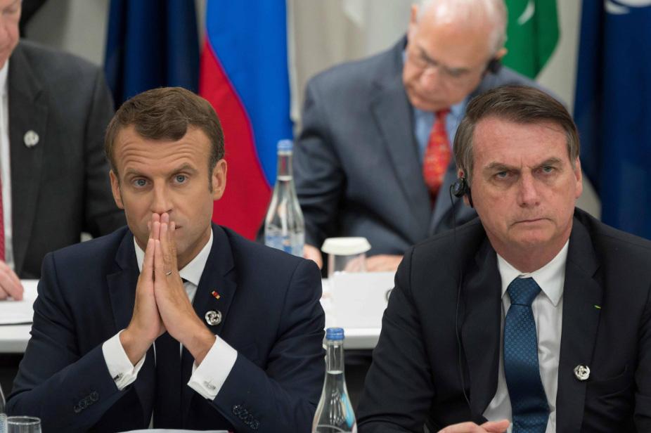 Emmanuel Macron e Jair Bolsonaro na reunião do G20 no Japão, em 2019