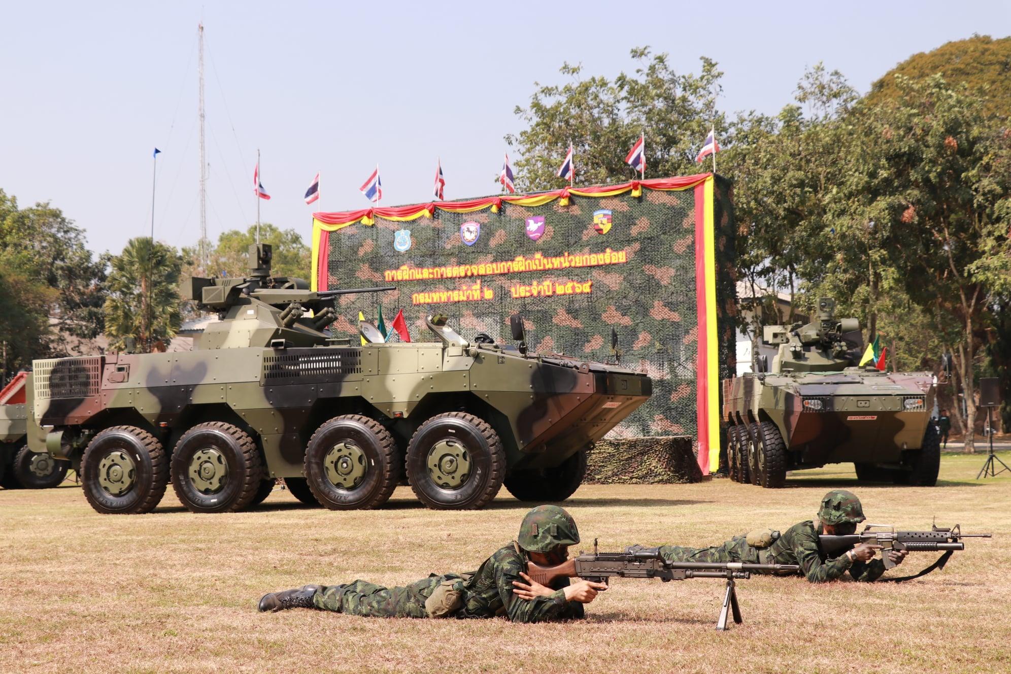 Veículos Norinco 8x8 do Exército da Tailândia