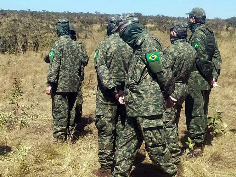 Novo-uniforme-dos-FN-em-uso4.jpg